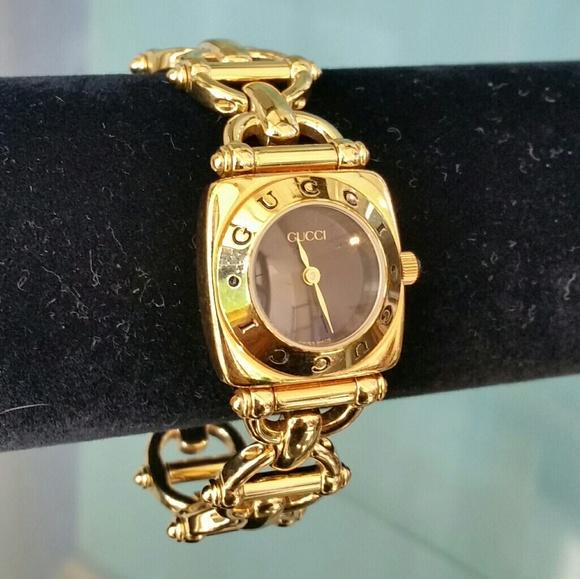 73f2bae31c3 Gucci Jewelry - Vintage Gucci Gold Wristwatch  6400 L
